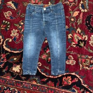 Adorable stretch Jeans 18 mo